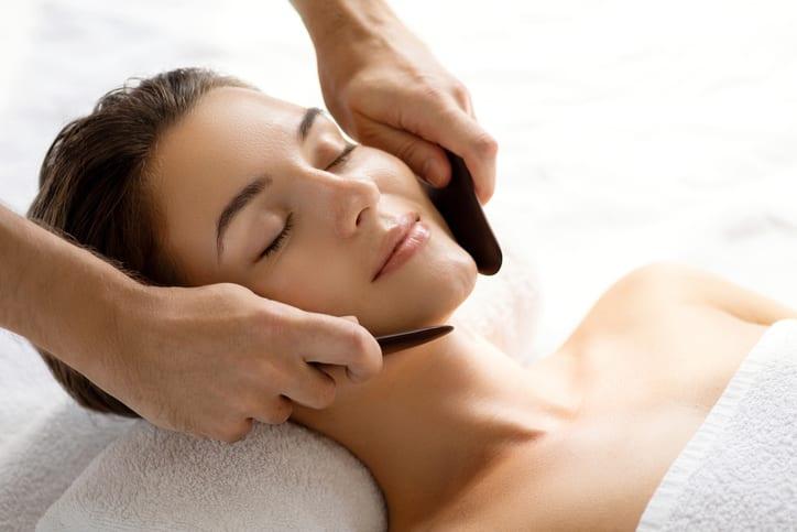 acupuntura-estetica-na-face